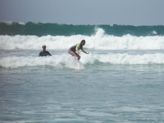 Del Soul Surf School: Perfect surf for beginners, intermediate, and advanced.