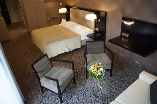 Hotel Avance: Single/Double Room