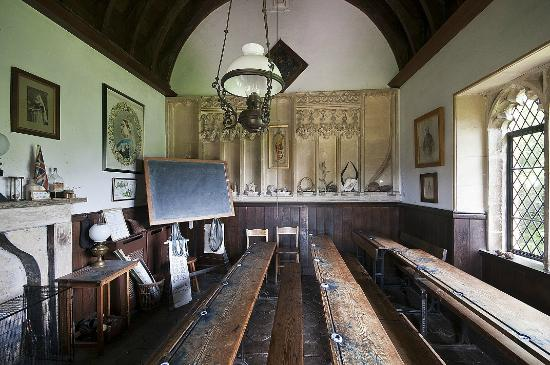 Grittleton, UK: The schoolroom.  It has remained untouched for 100 years.
