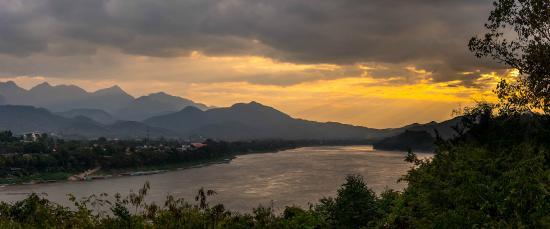 Villa Saykham: Sunset from across the river at Luang Prabang