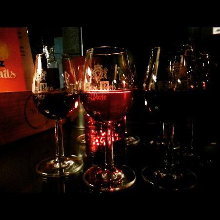 The Wine Box - Vinhos & Tapas