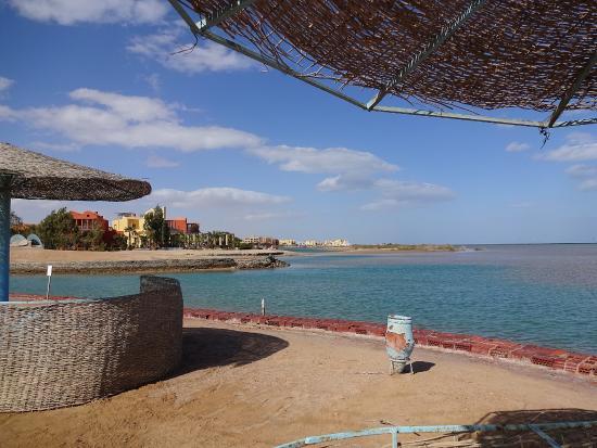 Dawar El Omda: на море