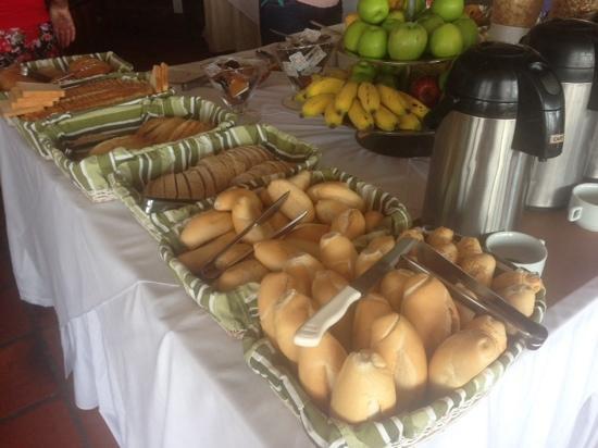 Rio Buzios Beach Hotel: desayuno