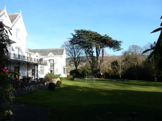 Sidholme Hotel: Part of the grounds