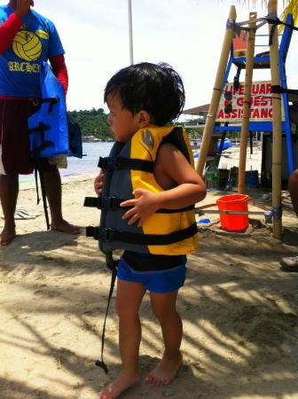 White Rock Waterpark and Beach Resort: My son getting ready to kayak