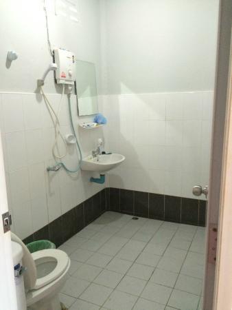 Haad Salad Villa : salle de douche
