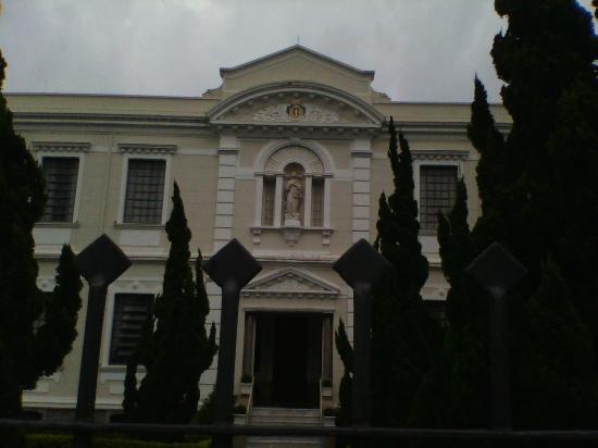 Memorial Santa Paulina e Capela Sagrada Família
