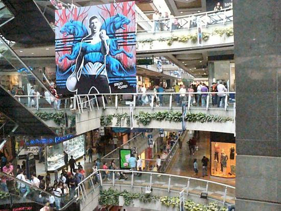 Resultado de imagen para caracas centro comercial