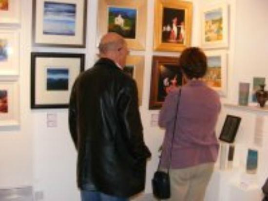 Galleria Luti: Enjoying art in a welcoming environment