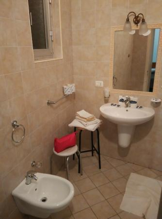 Locanda Al Castello: bagno 1