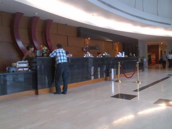 Amalia Hotel: The Lobby