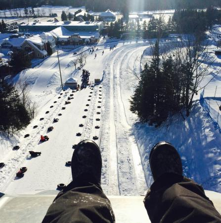 Valcartier Vacation Village: Waiting to descend Everest