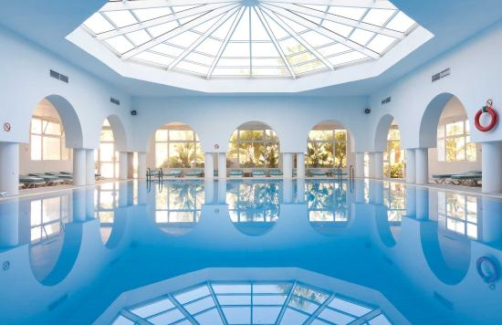 SENTIDO Aziza Beach Golf & Spa: Indoor Pool