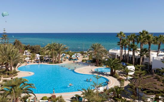 SENTIDO Aziza Beach Golf & Spa: Pool Area