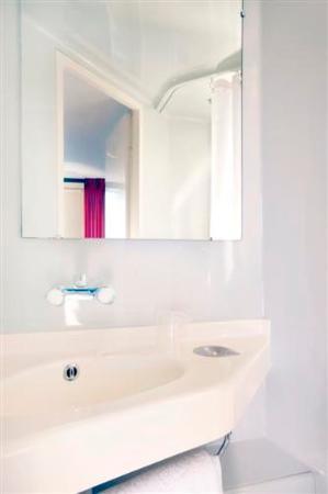 Premiere classe salon de provence 1 for Hotel premiere classe salon de provence