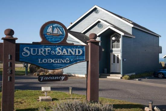 Surf and Sand Lodge