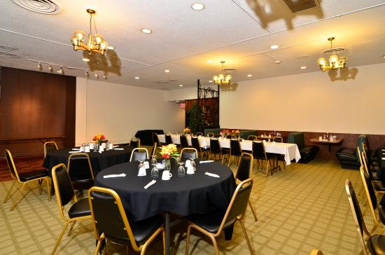 Americas Best Value Inn St. Helens: Meeting Room