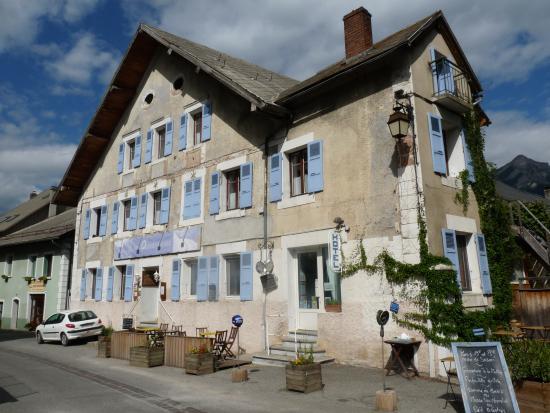 Refuge h tel les aubergeries ch teauroux les alpes for Prix des hotels en france