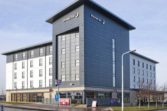 Premier Inn Edinburgh Park (The Gyle) Hotel: Park The Gyle Exterior