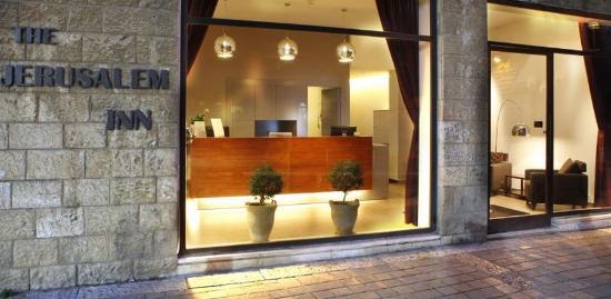 Jerusalem Inn Hotel: Outside