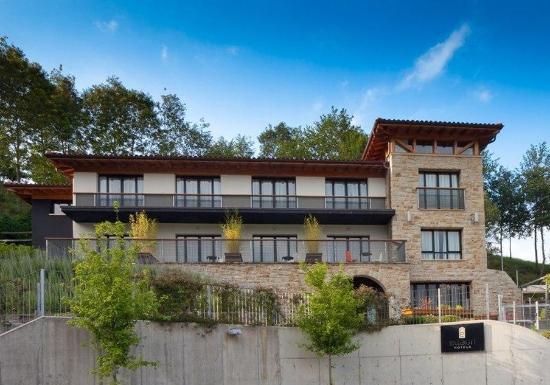 Ellauri Hotela
