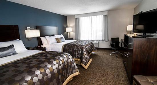 Wyndham Garden Niagara Falls Fallsview: Guest Room