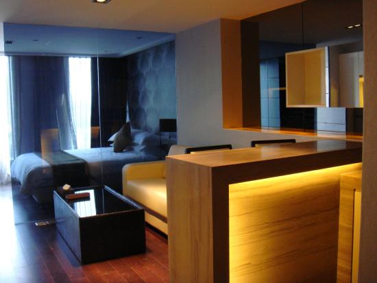 Q-City Hotel: Executive Single