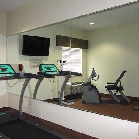 American Inn Madill: Fitness Room