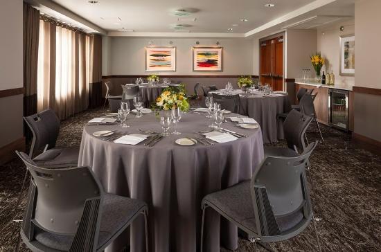 Hotel Andra: Galleri Dinner Set