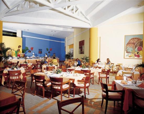Barcelo Colon Miramar: Restaurant