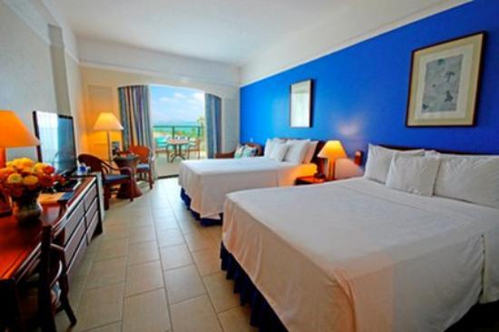 Barcelo Colon Miramar: Guest Room