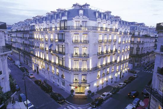 Photo of Hotel de la Tremoille Paris