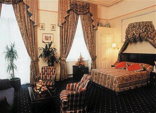 Grange Strathmore Hotel: Room