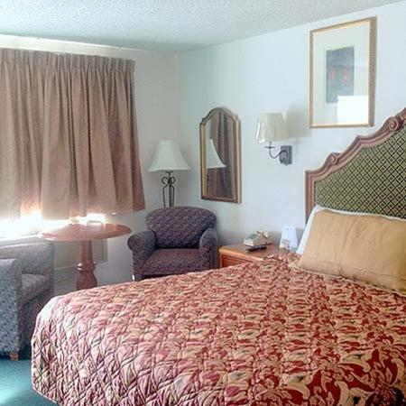 Windsor Inn Motel: Windsor Inn Lake Havasu City Room