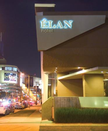 Elan Hotel Los Angeles: Exterior View at Night