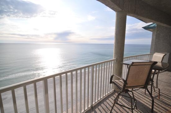 Long Beach Resort: Balcony