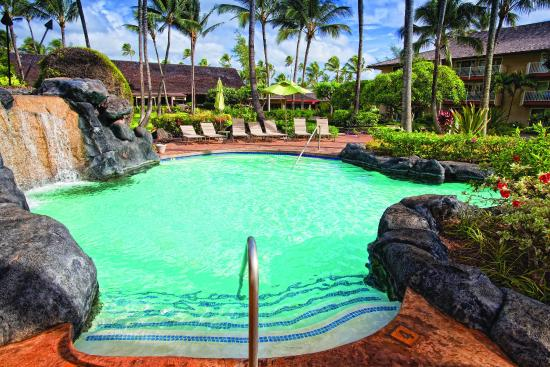 Kauai Coast Resort at the Beachboy: Outdoor Swimming Pool