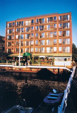 Wyndham Inn on the Harbor