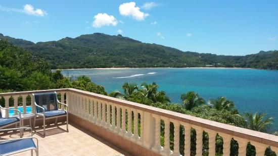 Bay View Villa: Vue de la terrasse de la chambre