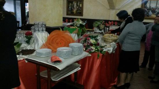 La Corte Trattoria & Pizzeria: Buffe