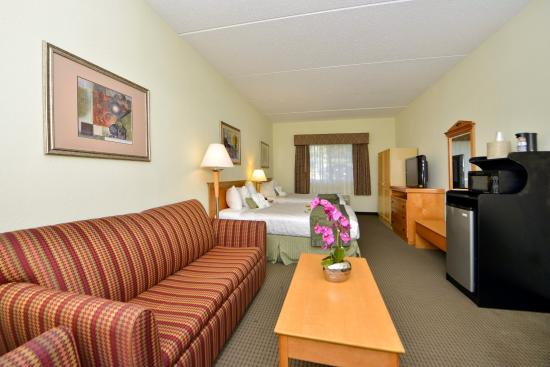 Photo of BEST WESTERN PLUS Newport News Inn & Suites