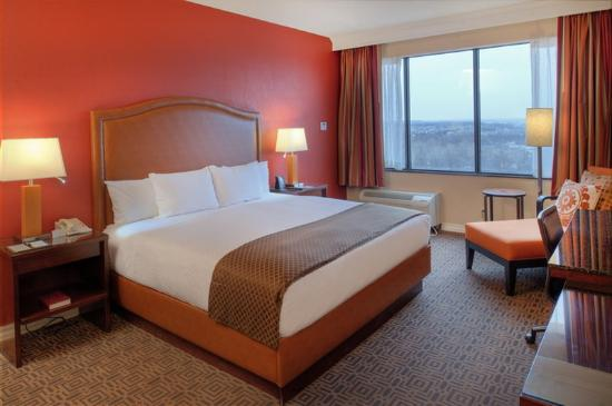 Doubletree by Hilton Hotel St Louis - Chesterfield : King Two Room Suite