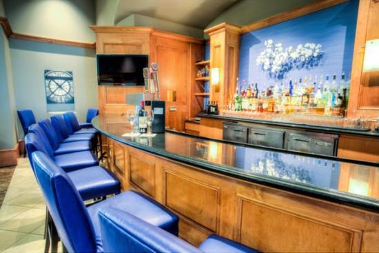 Hilton Santa Clara: Lobby Lounge