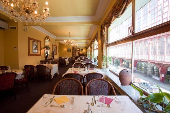 Century Hotel: Century HRRestaurant