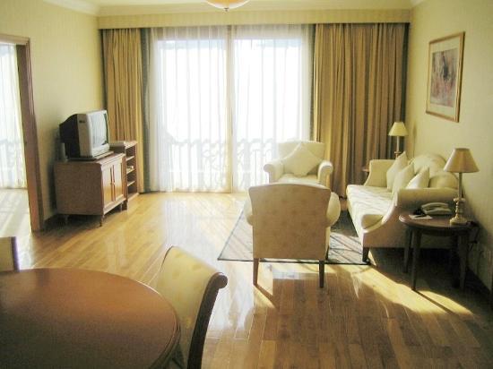 Lee Garden Service Apartment Beijing: -3 Bedroom Suite - Living