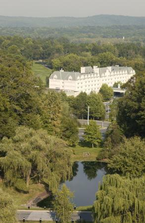"Hilton Pearl River:  ""The Chateau in The Country near The City"""