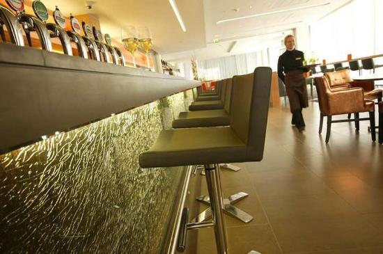 โรงแรมฮิลตัน ดับบลิน กิลเมนแฮม: Restaurant