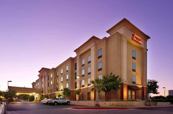 Photo of Hampton Inn & Suites San Antonio - Airport