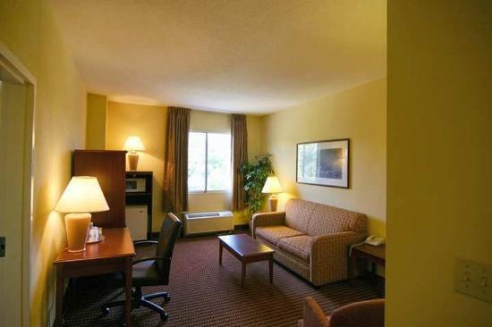 Hampton Inn Baltimore / Glen Burnie: Suite