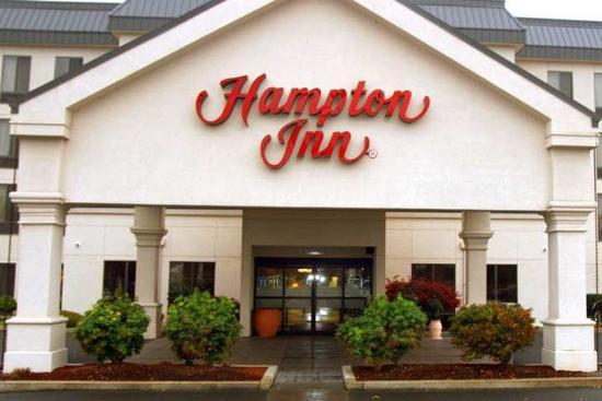 Hampton Inn Eugene: Exterior